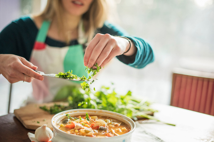 How to save on proper nutrition?