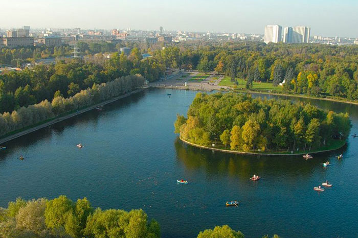 13 best parks in Moscow for a family holiday
