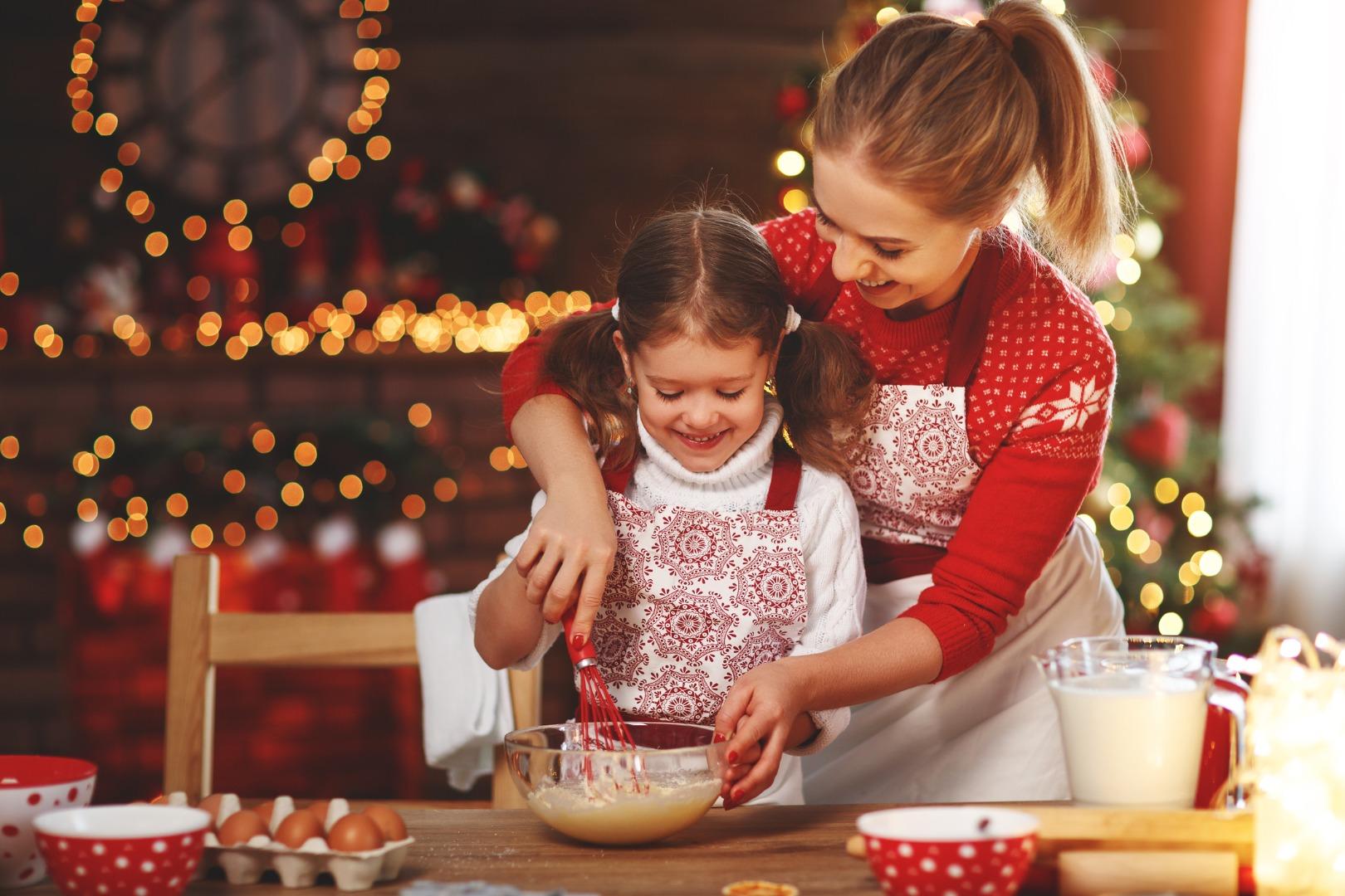 Праздничные сладости: готовим вместе с малышом