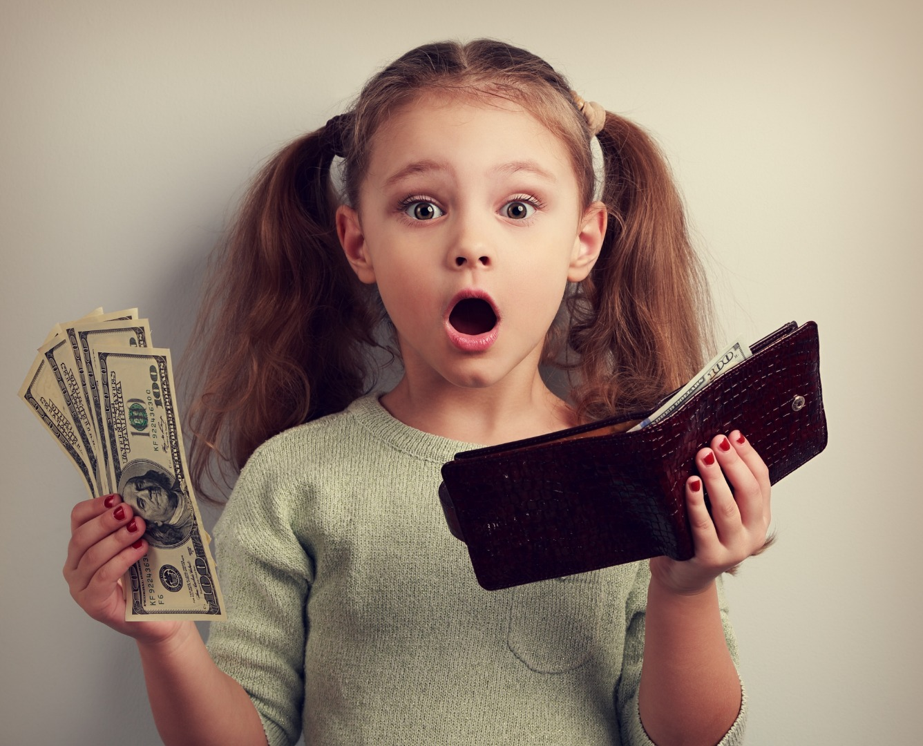 Do my daughters give pocket money?