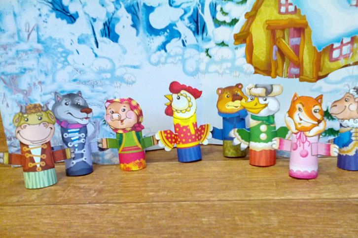 How to revive a fairy tale: puppet theater on the table
