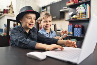 Ребенок просит страничку в «Инстаграме»: что делать