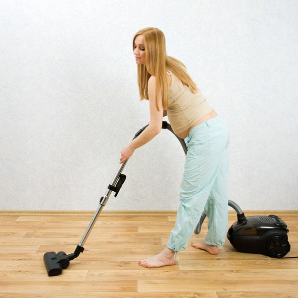 Asuntos de interior: embarazo y limpieza.