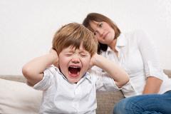 Первый возрастной: кризис 2-3 лет