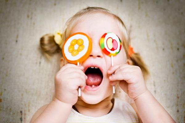 Детки и конфетки: можно, если осторожно