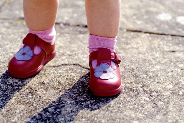 Плоскостопие у детей: как его избежать?