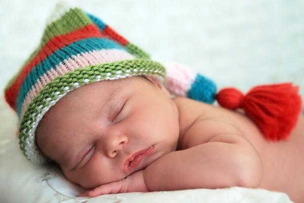 Режим сна и бодрствования новорожденного