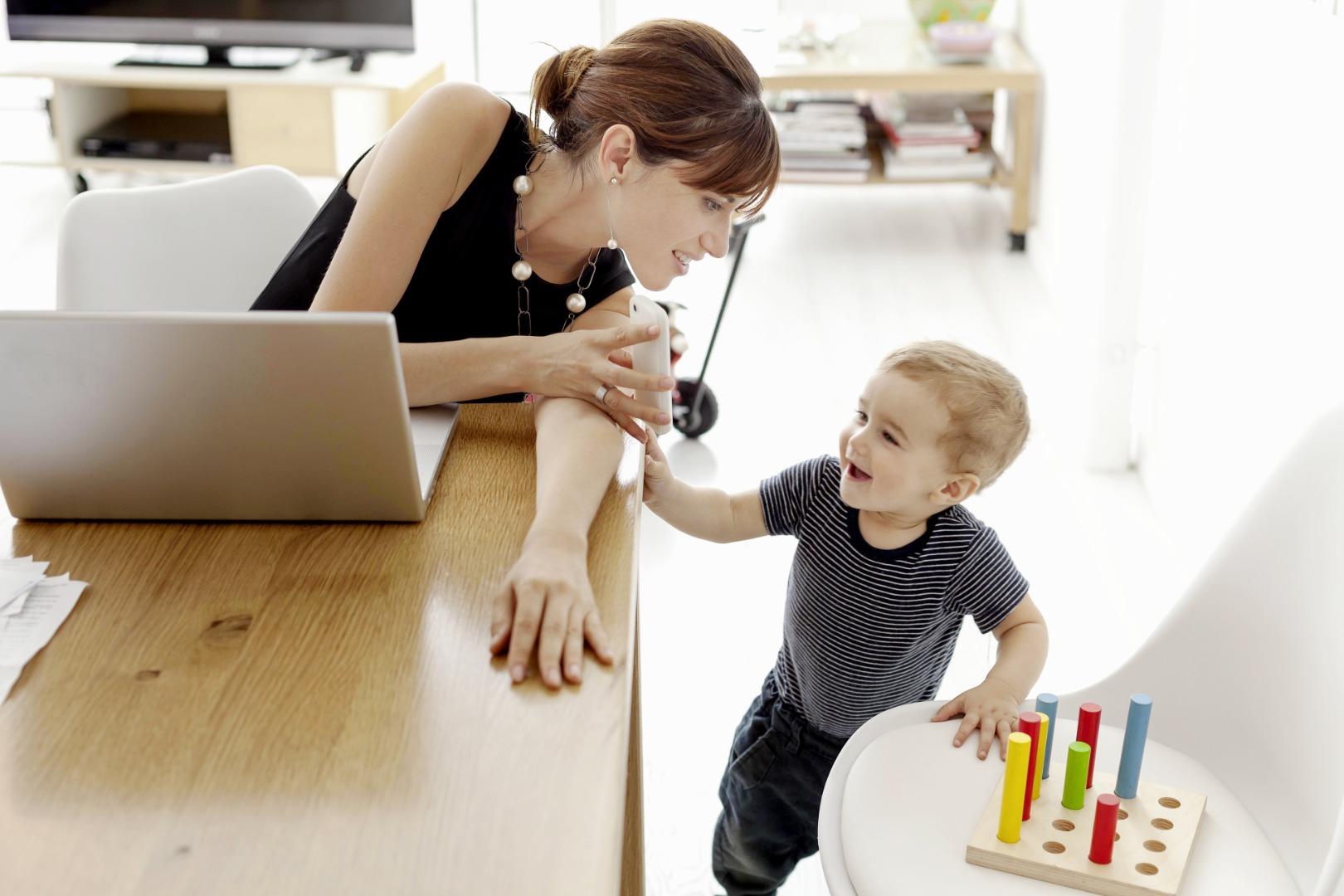 «Рабочая» мама: как справиться с чувством вины