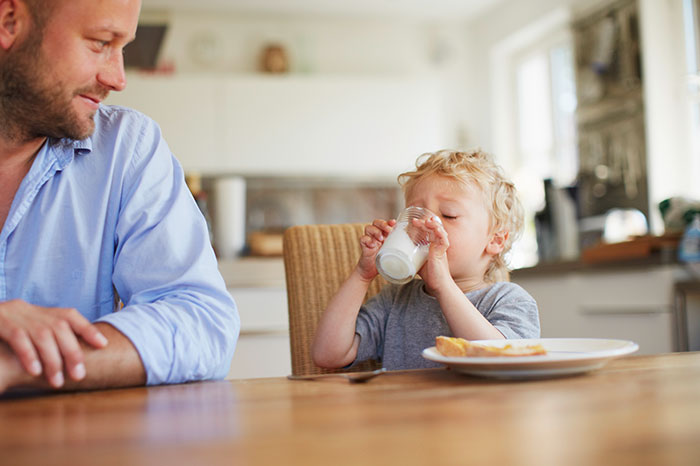 5 reasons to give your baby milk every day