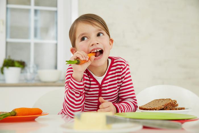 Витамины: чего не хватает нашим детям?