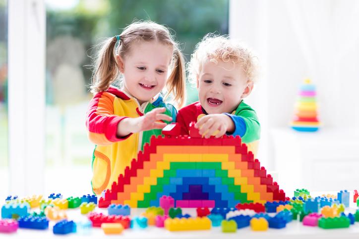 Constructores: ¿cómo afectan al cerebro de un niño?