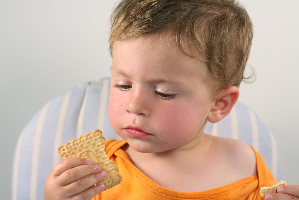 Cómo elegir galletas de bebé