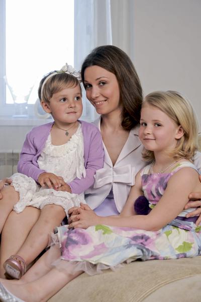 Alexandra Ursulyak, Anya and Nastya: Twice Mother