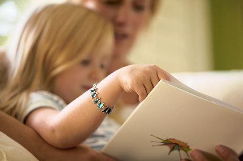 We read to children, we read with children