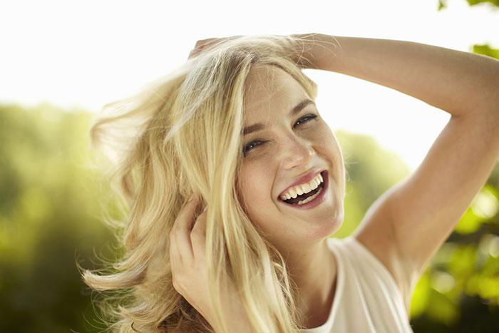 8 maneras de lucir lo mejor posible sin maquillaje