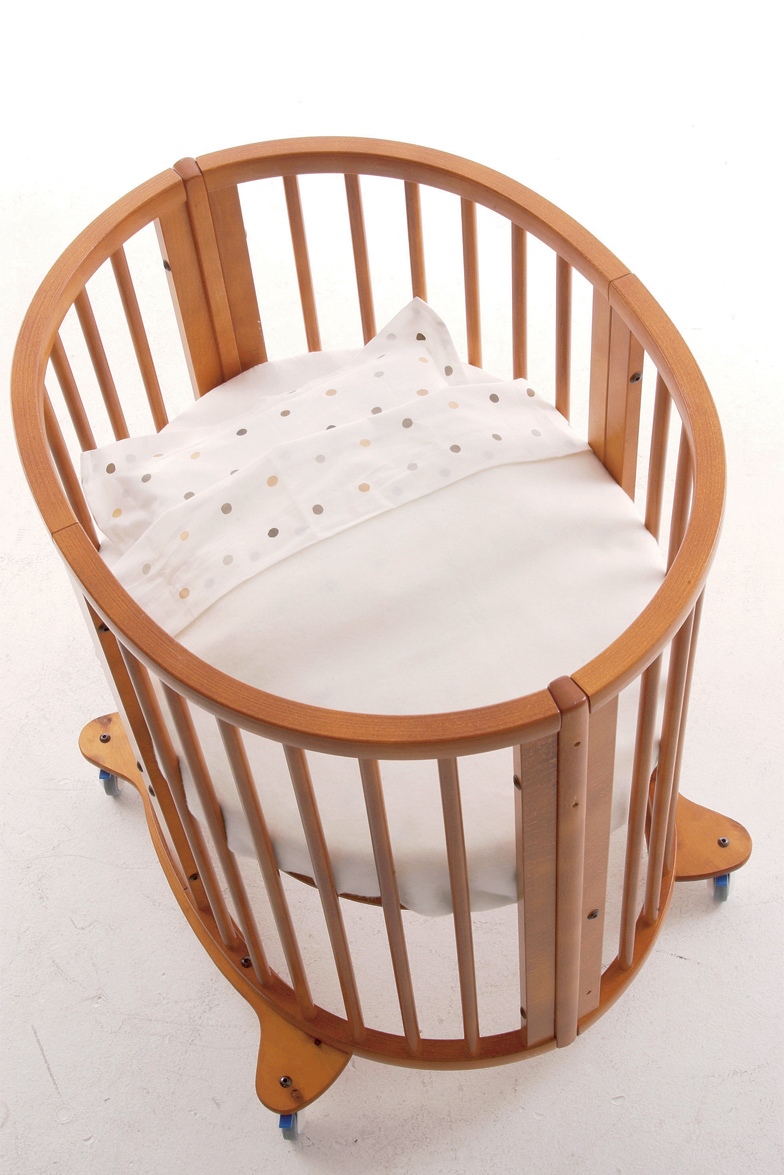 Choosing a cradle for the baby