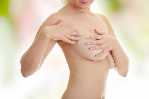 Как вернуть форму груди и живота после родов?