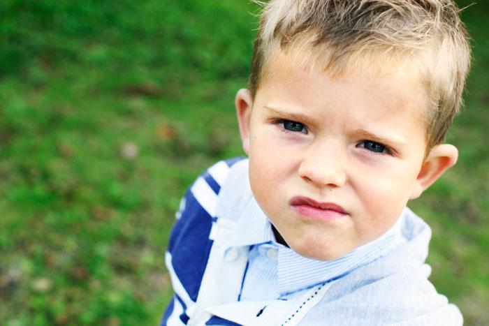 Ребенок дерется: ищем и устраняем причины детской агрессии