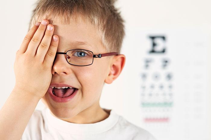 Детская близорукость: дело не в гаджетах