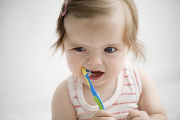 How to protect baby teeth from caries?