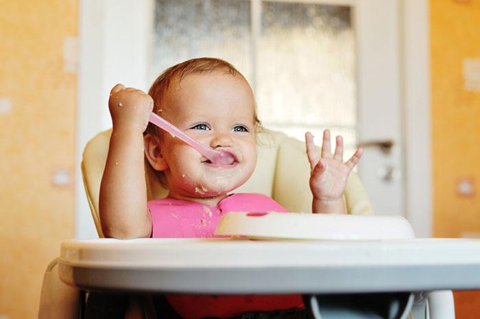 Почти взрослое меню: чем кормить ребенка 1‒2 года