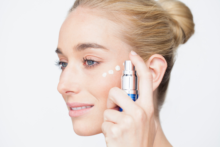 Hyaluronic acid, collagen, glycerin and keratins: what are these substances capable of?