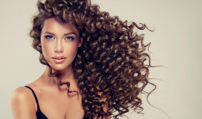 Восстановление волос после лета: программа максимум