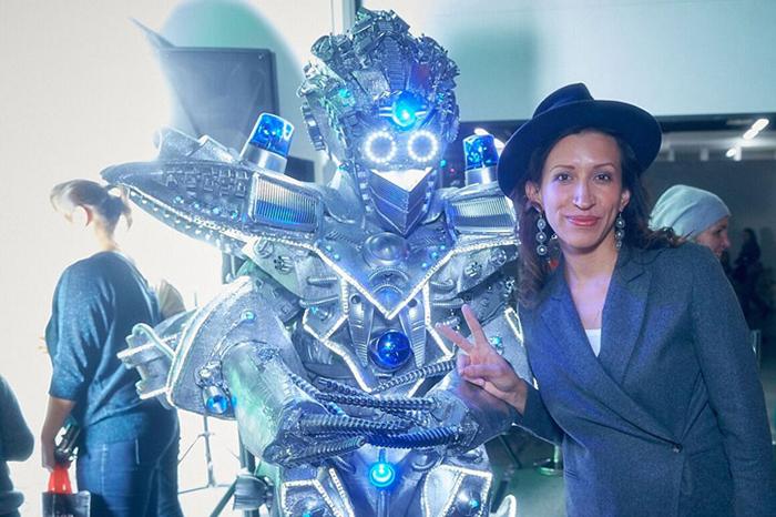 Christmas tree at the robot station