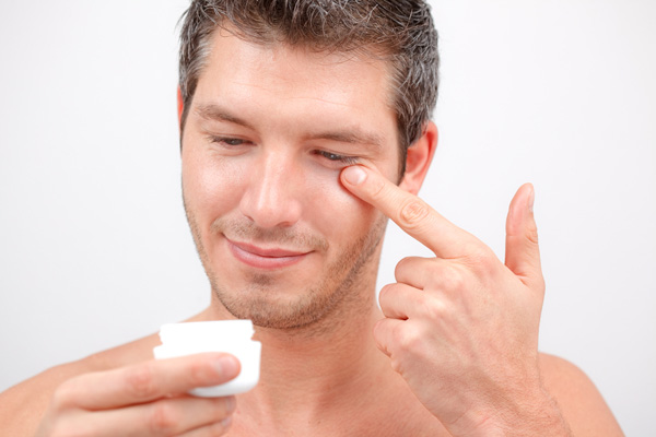 Myths and truth about male cosmetics