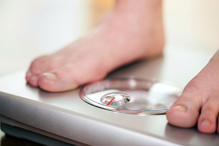 Почему мы полнеем: неочевидные причины набора веса