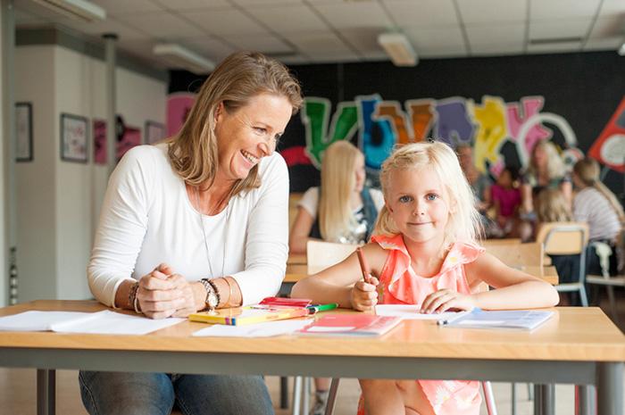 Картинки по запросу статьи о гувернере воспитателе с английским для ребенка