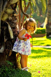 Настюша Горелова, возраст на фото 2 года, г.Москва