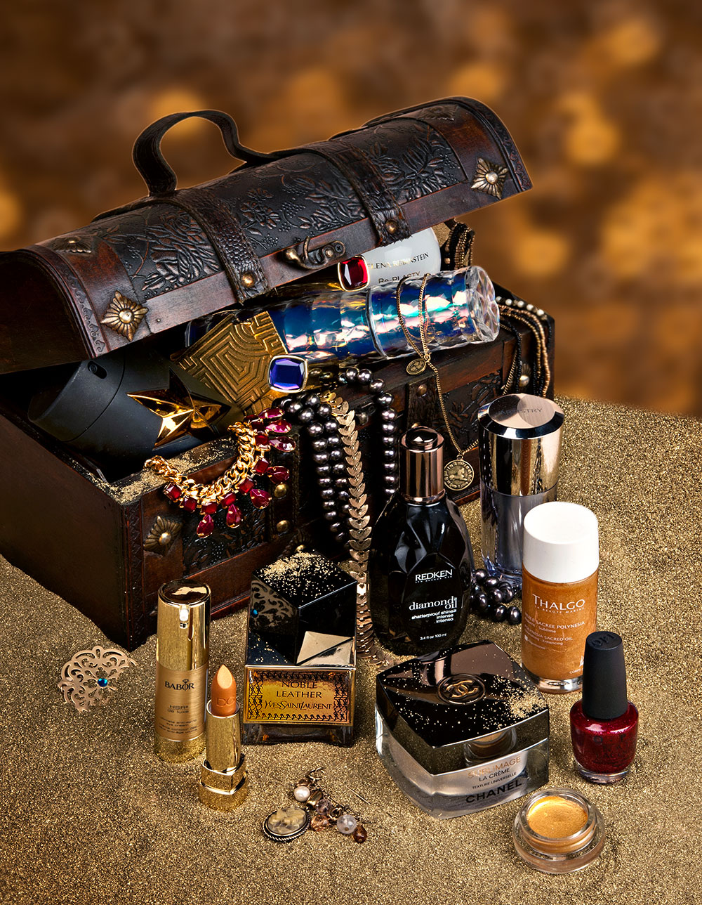 Precious stones and metals in cosmetics