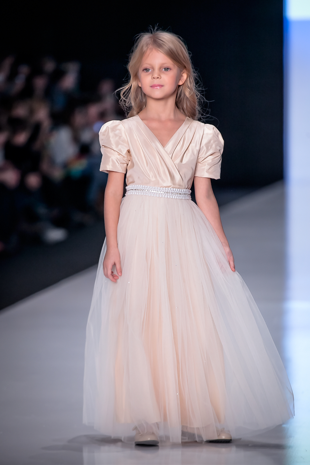 April 1 will be a show of school collections at Mersedes-Benz Fashion Week Russia