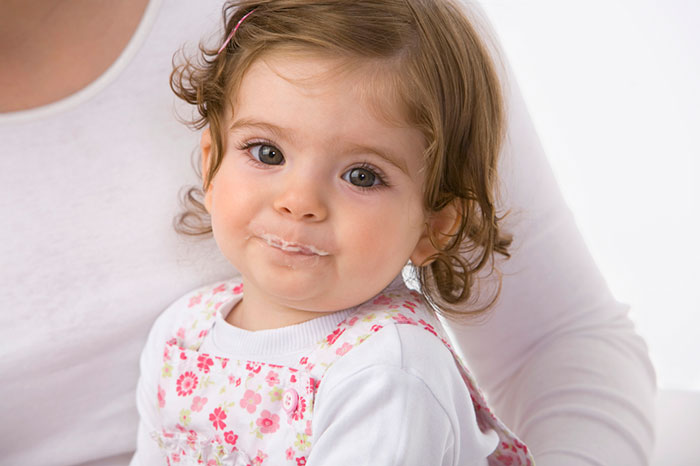 Gachas de leche para bebés: análisis de la composición.