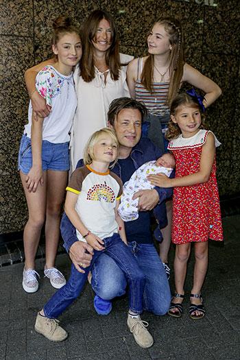 Cinco celebridades con familias numerosas.