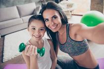 Как возраст матери влияет на ребенка?