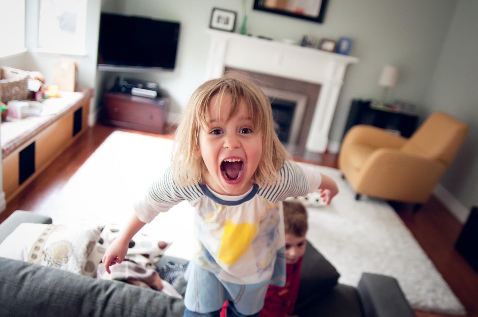 «Дочка всех прогоняет, как реагировать?»