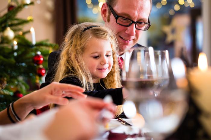 Новогоднее застолье для детей