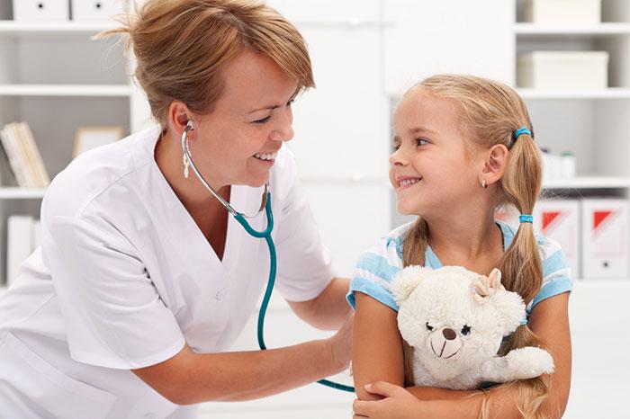 Как научить ребенка не бояться докторов